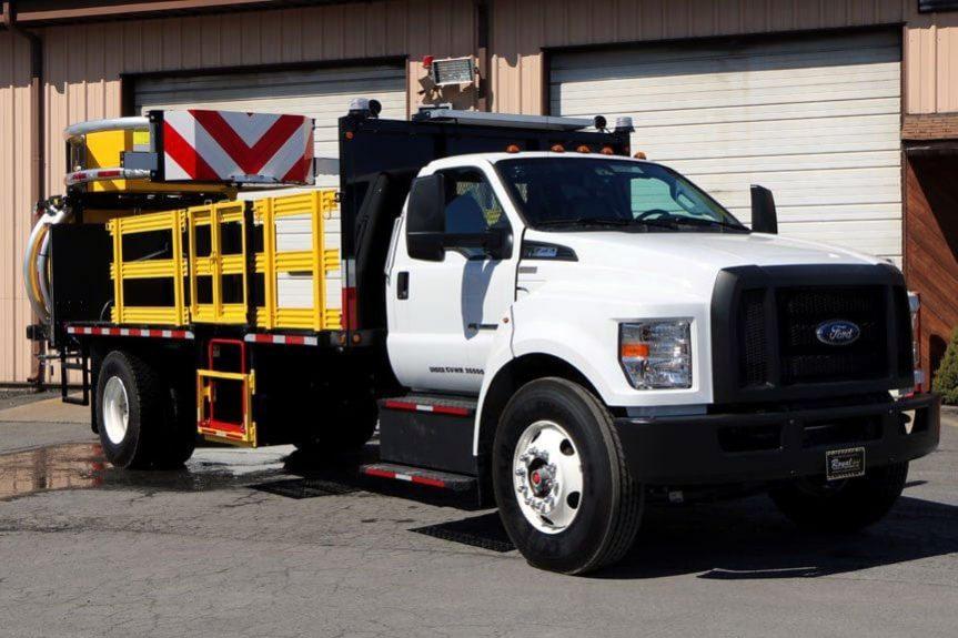 2017 Ford F750 TMA Truck