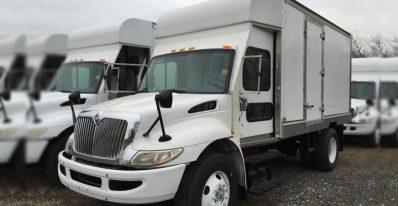 2006 International 4300 TMA Box Truck