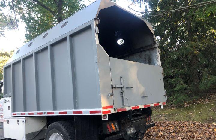 2012 Freightliner Cummins Diesel 14′ Forestry full